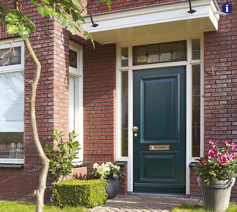 landelijke voordeur weekamp groen messing deurbeslag